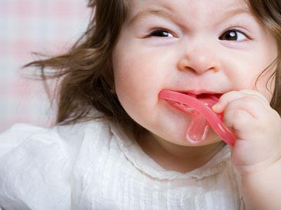 Bambina - dentizione